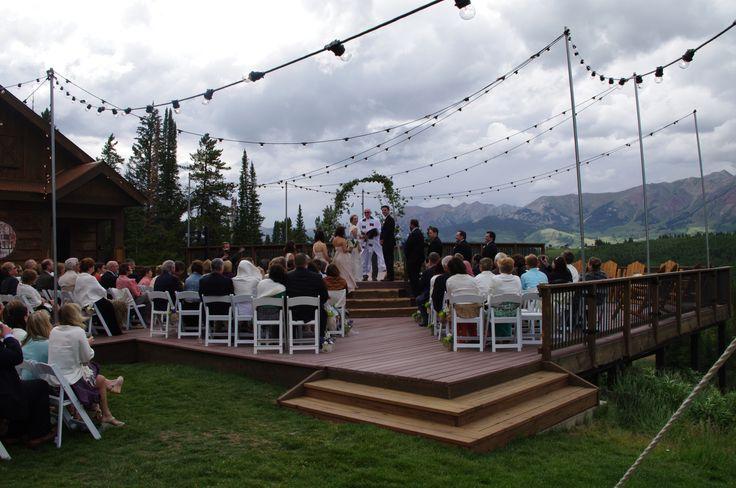 Destinationwedding mountainwedding crestedbutte summer for Uley s cabin crested butte wedding