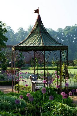 THE WALLED GARDEN AT COWDRAY, WEST SUSSEX. DESIGNE...