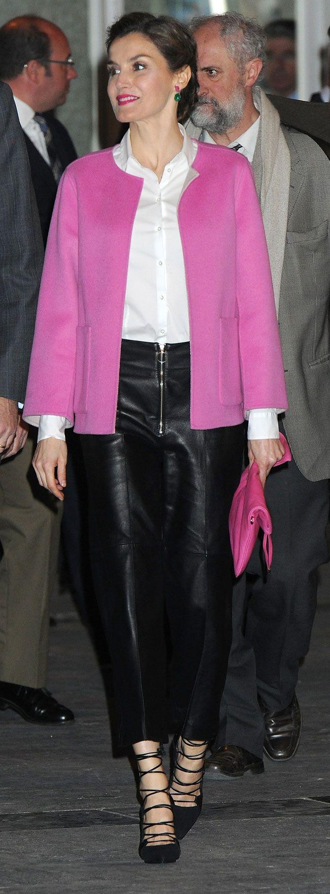 Queen Letizia. ARCO 2016. Uterque leather culotte, Carolina Herrera pink jacket. Magrit shoes. Adolfo Dominguez handbag
