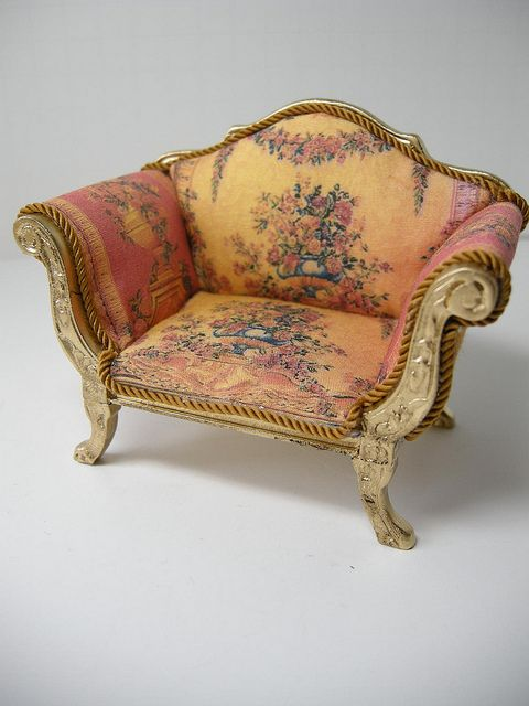 dollhouse miniature couch