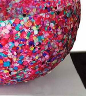 Kids Crafts You Have to Try: Balloon Bowl - Kids will enjoy this craft. Can also be a decor. So colorful.