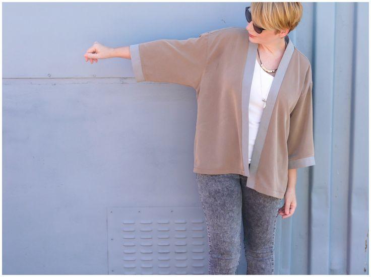 Turn a man's oversize shirt into a kimono jacket!  DIY tutorial here.