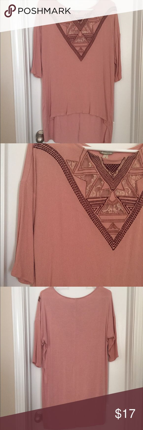 GIMMICKS BY BKE Light pink top with detail at neckline, high low hem ! GUC DUE TO WASH AND WEAR, even though it's only been worn once ! Wash cold and delicate! Gimmicks Tops