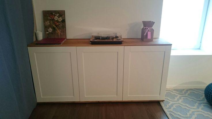 diy ikea hack petit meuble pour mon salon r alis avec les l ments muraux metod portes. Black Bedroom Furniture Sets. Home Design Ideas