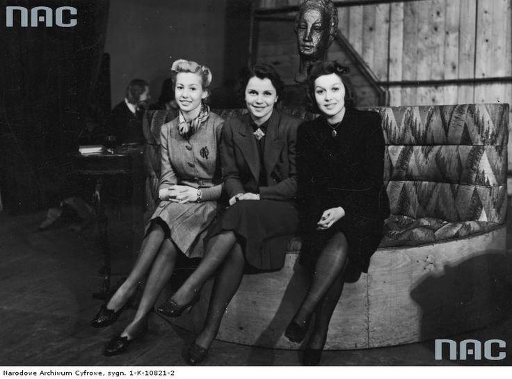 "lamus-dworski: "" Polish actresses of the interwar period: Hanna Karwowska, Wanda Bartówna and Renata Radojewska, 1930s [image via NAC]. """