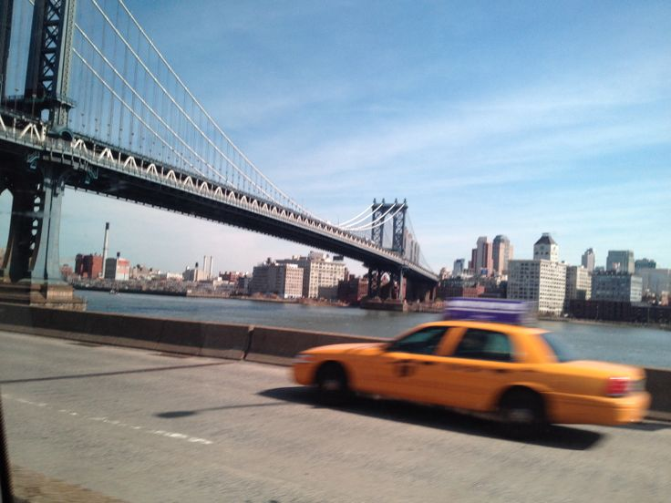 Brooklyn Bridge , New York