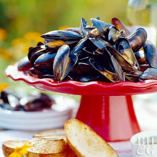 Grilled Mussels with Garlic Butter