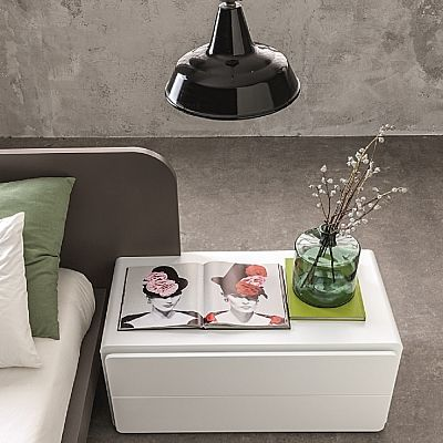 Beautiful white 'Simple' bedside table. Elegant piece. My Italian Living