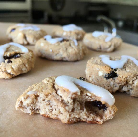 Healthy Iced Oatmeal Cookies | Sarah Lynn Fitness