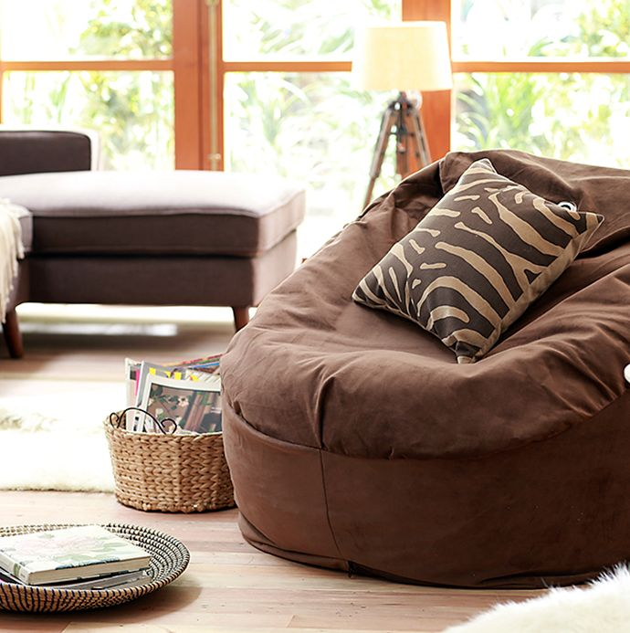 ¡Nos encanta el estilo #NuevaColonial! #Cebra #Café #Living #Exótico