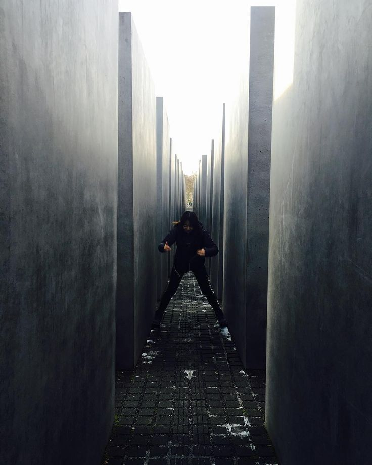 Berlin Germany 베를린 독일 . . #유디니 #여행에미치다 #유럽여행 #유럽 #독일 #베를린 #여행 #데일리 #일상 #유럽어디까지가봤니 #photooftheday #photography #picoftheday #travel #travelphotography #photographylover #Berlin #Germany http://tipsrazzi.com/ipost/1506014801594332827/?code=BTmcHubgrab