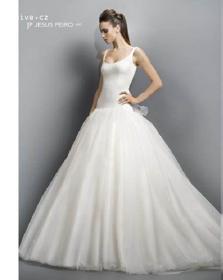 JESUS PEIRO svatební šaty, model 1068 (Praha)