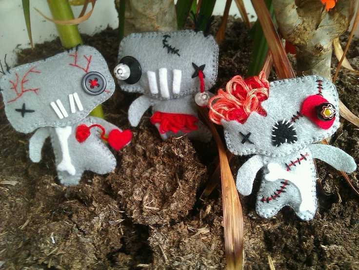 zombie felt dolls.