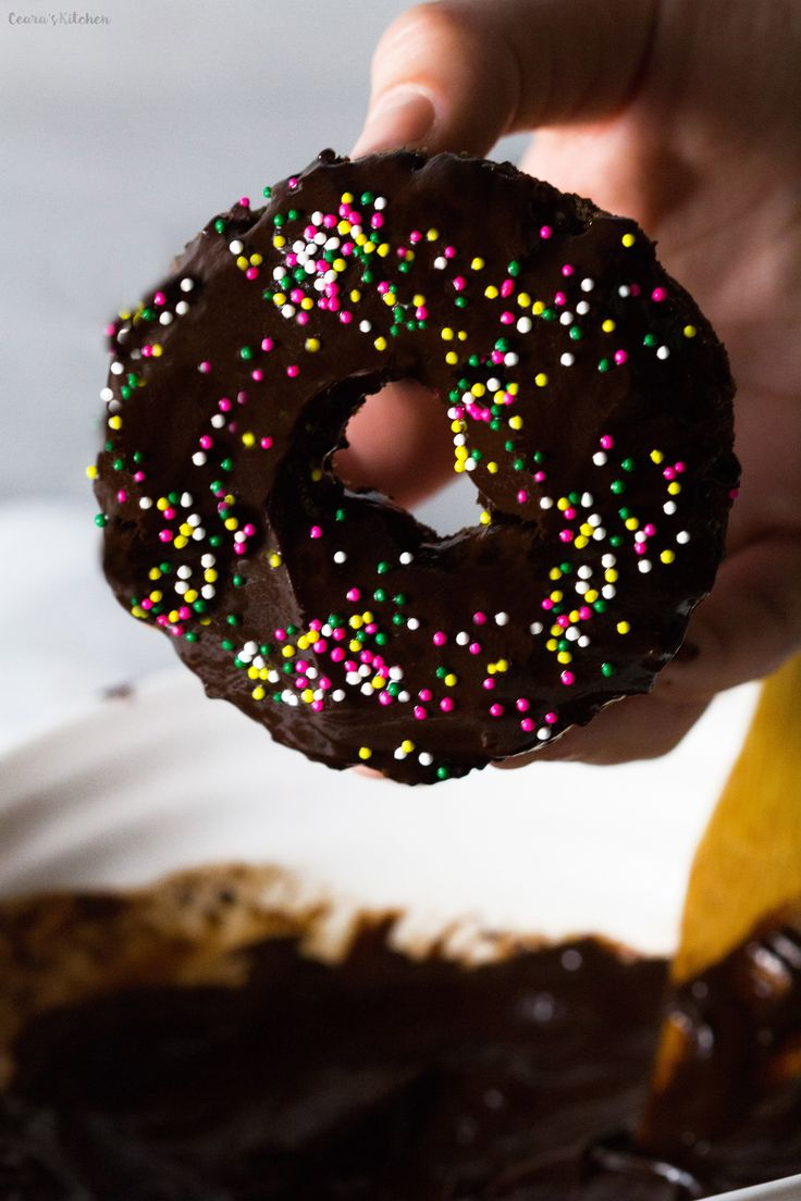 Double Chocolate Donuts are SO incredibly rich & decadent. Dipped in a thick chocolate sauce and topped off with lots of SPRINKLES... it's hard not to eat these donuts all at once! #vegan #glutenfree #chocolate #donuts