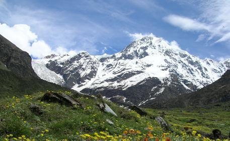Milam Glacier Trekking >>>  The #GORIGANGA river originates from the south of #MilamGlacier.  #camping #trek #trekking #MilamGlacier