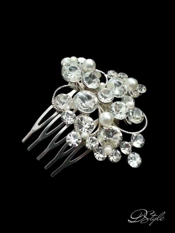 Hair accessory for brides by DStyle