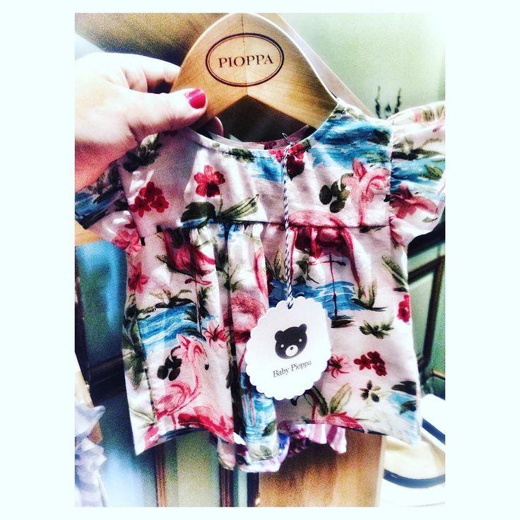#ModaInfantil Zoom y Lluvia de corazones para este mini vestido con flamencos   verano Instagram Stories  sí! Estamos a nada del verano  Hasta mañana  . #pioppacumple10 #paraellas #babyfashion #forbabies #bb #vestidodebebe #ootd #fashionmom #likeforlike #fashiongram #ropadebebe #mamablogger #flamenco #love #verano2018