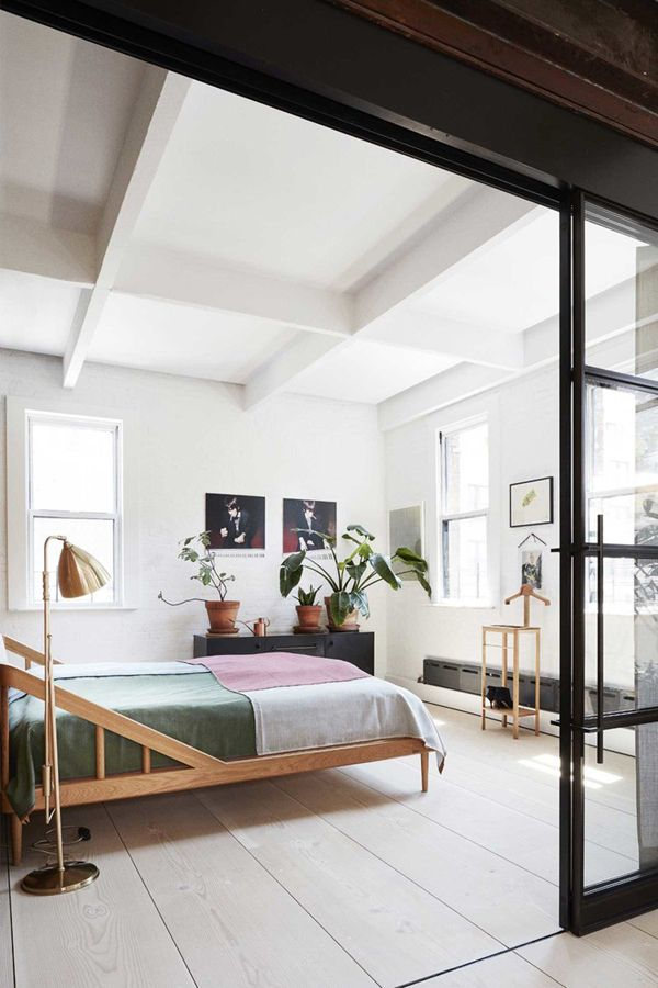 This New York loft in TriBeCa has been refurbished in the most exquisite style by Søren Rose Studio: laid back Scandi chic meets New York hipster needs.