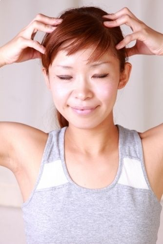Stimulating Hair Growth with a scalp massage