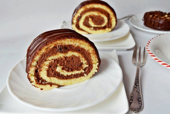 Retete Culinare - Rulada cu ciocolata