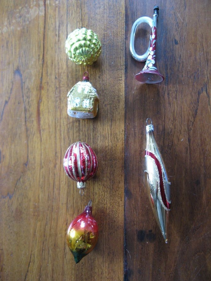 6 x Old vintage Christmas balls in a set, 4 balls, a trumpet and a house,Cleanup #CristmasBalls