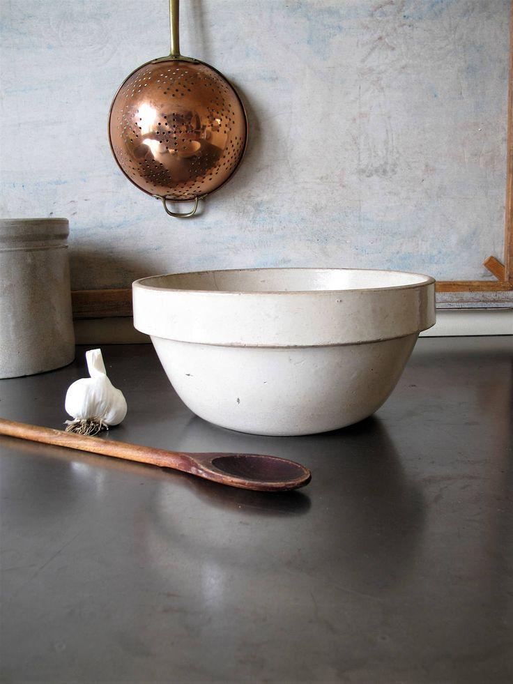Vintage Large White Stoneware Earthenware Crock Farmhouse, Mixing Bowl, Round Bowl by JustynaMrugala on Etsy