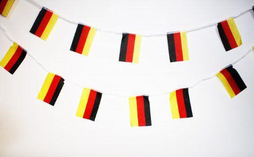 """Tolle Fanartikel zur WM2014, wie """"Fahnen Girlande Wimpel Kette in Deutschlandsfarben Deutschland Fußball EM 2012 5 Meter"""" jetzt anschauen: http://fussball-fanartikel.einfach-kaufen.net/flaggen-wimpel/fahnen-girlande-wimpel-kette-in-deutschlandsfarben-deutschland-fussball-em-2012-5-meter/"""