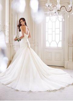 Orobe de mariée princesse Vbridal.com fr