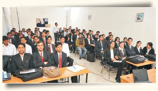 Faculty : Our Strength     First India School of Business takes pride in maintaining that all ( Not some, Not many, Not sometimes - but ALL) Faculty members for MBA subjects are alumni of IIM (Indian Institute of management) or XLRI- two of Indian leading Business schools. They carry rich experience in academics and corporate world.
