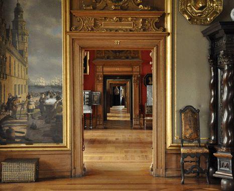 A walk through 500 years of history. Frederiksborg Castle.