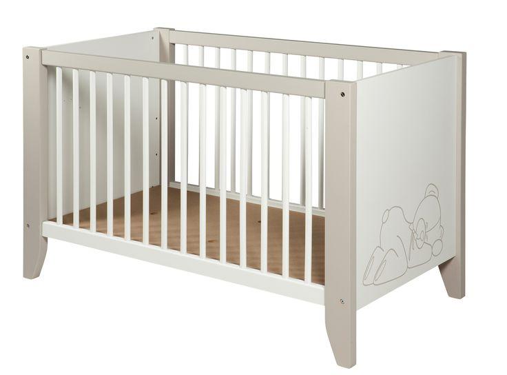 le lit bb ourson saura saccorder dans une chambre lumineuse lit blanc et marron - Chambre Bebe Ourson