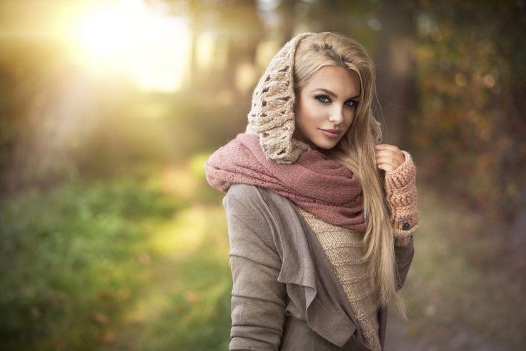 tolle Farben, tolles Outfit für ein Fotoshooting in den kälteren Monaten