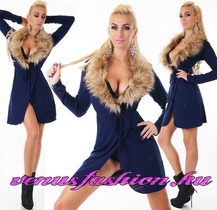 Divatos sötétkék női prémes pulóver övvel - Venus fashion női ruha webáruház