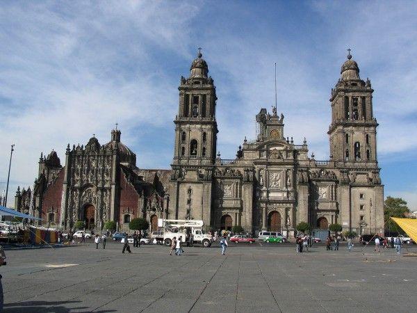 Kathedrale Mexiko Stadt 600x450 im Mexiko Reiseführer http://www.abenteurer.net/383-mexiko-reisebericht/