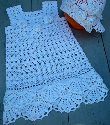 Crochet Snow-white outfit for the little lady