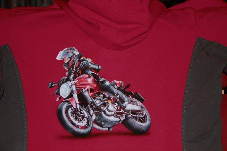 na přání malovaná mikina -  airbrush and paint on sweatshirt  - motorbike Ducati