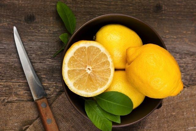 最高に香りが際立つ!丸ごと冷凍レモン