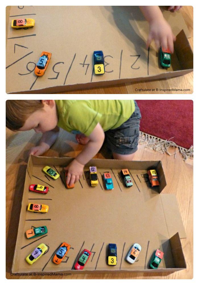 #DIY A car parking numbers game.  Do you have a car lover? Have you ever used cars for learning? www.kidsdinge.com https://www.facebook.com/pages/kidsdingecom-Origineel-speelgoed-hebbedingen-voor-hippe-kids/160122710686387 #kidsdinge #kids #toys #speelgoed