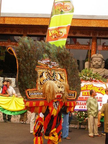 Sejarah Kesenian Reog Ponorogo, Kesenian Tradisional Jawa Timur dan Ponorogo sebagai daerah kelahirannya, Jathilan, Barongan, Artikel Seni Budaya Indonesia