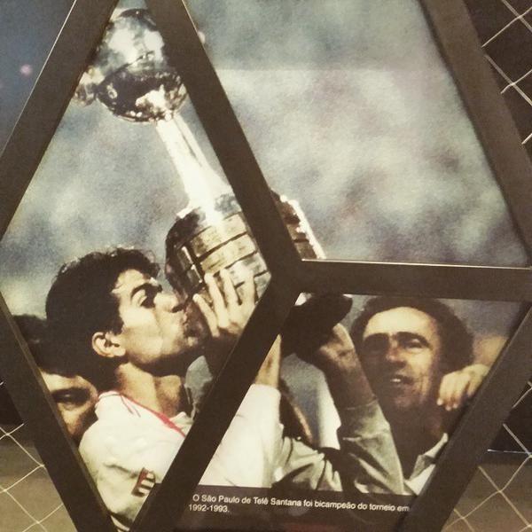 Libertadores no Museu (via Michael Serra on Twitter)