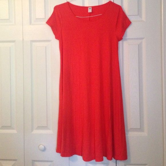 Orange maternity small dress new and never worn from smoke-free home. Fun orange maternity dress for work and casual! Old Navy Dresses Midi
