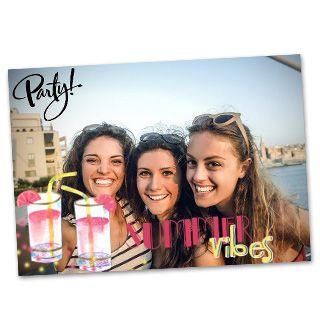 Party! Uit welk land stuur jij groetjes? #Hallmark #HallmarkNL #foto's #vakantie #fotokaart #party