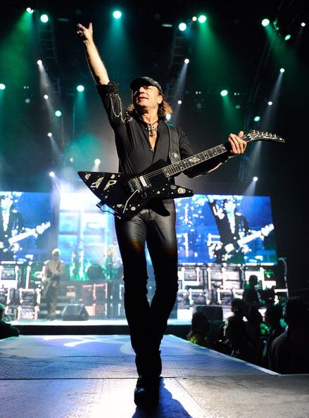 995 Best Tarot Images On Pinterest: 995 Best Scorpions !!! Best Band Ever !!! Images On