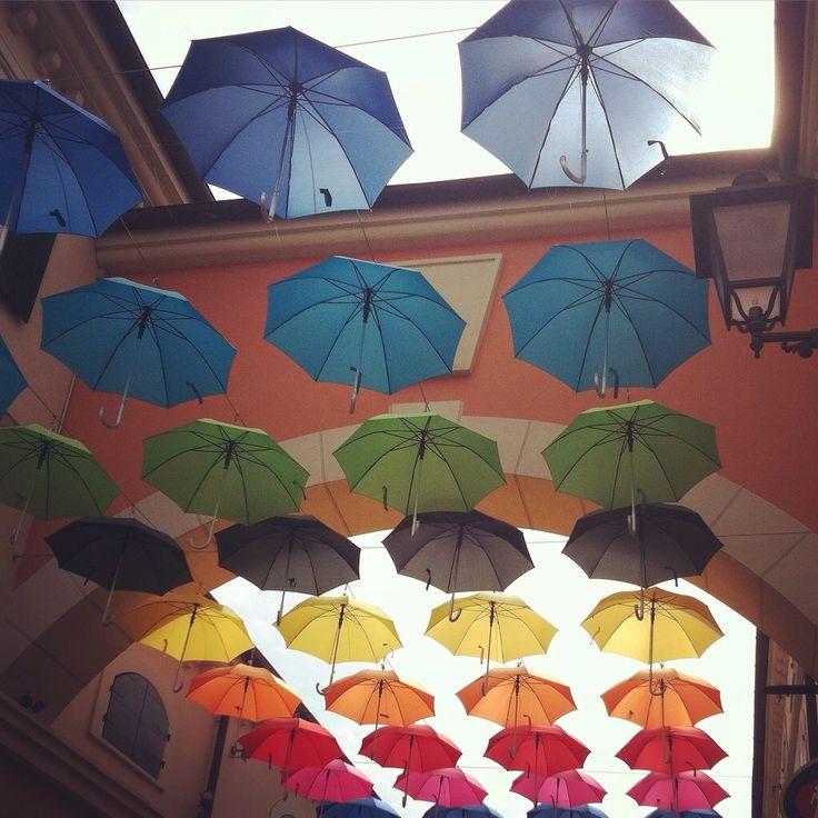 Rocco & patrick Salvadori   Rainbow umbrellas