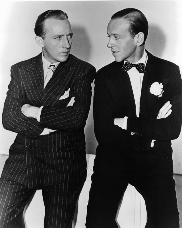 "Fred Astaire was supposed to play Phil Davis.Bing Crosby and Fred Astaire with their arms folded staring at one an other in a scene from the film 'Holiday Inn', 1942.After Astaire and Crosby's success in Holiday Inn, this film was intended to reunite them. But Astaire had ""retired"" by the time White Christmas was shot 12 years later and he declined. Then, the part was offered to Donald O'Connor (known for Singin' in the rain) but he pulled out after an illness. then done by Danny Kaye."
