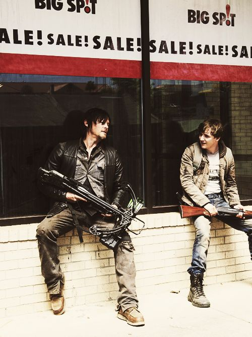 I loved this scene.  Grim days what happened next.  Haha.  #TWD #DarylDixon :)