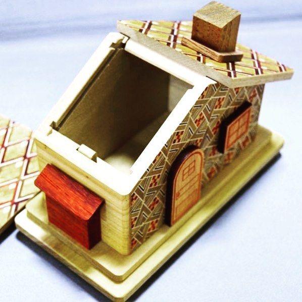 Himitsu-Bako - традиционные японские шкатулки с секретом появились более 100 лет назад в окрестностях Хаконе.