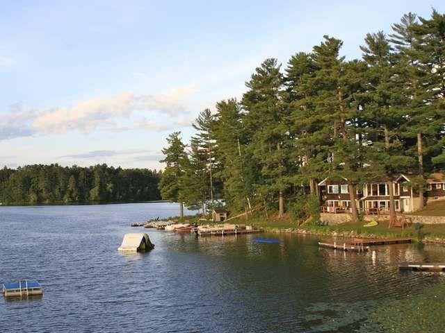 Lodge property (for sale) in Minocqua Wi (too far)
