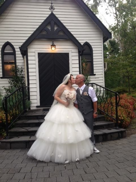 #wedding #bride #groom #reception #weddingreception #loveit #chateauwyuna #happycouple #congratulations #threetiers #alittlebitfluffy #cheese