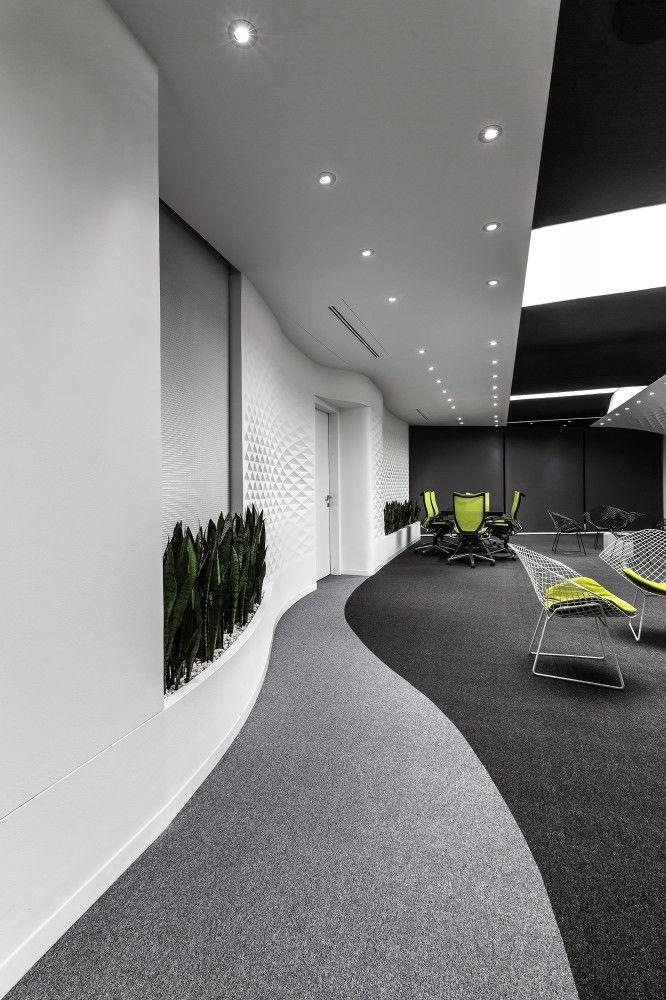 Diyar Media Studio  / ReNa Design